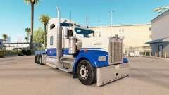 A pele Azul e Cinza no caminhão Kenworth W900