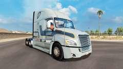 Pele Werner no trator Freightliner Cascadia