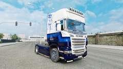 A pele Azul V8 caminhão Scania série R